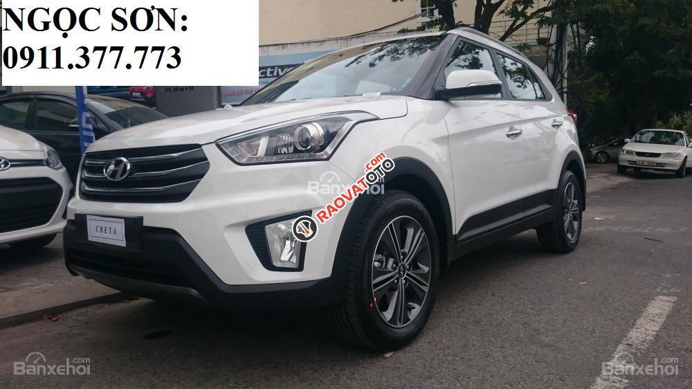 Bán Hyundai Creta mới đời 2018, màu trắng, nhập khẩu, giá chỉ 760 triệu, liên hệ: Ngọc Sơn: 0911.377.773-9