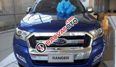 Xe bán tải Ford Ranger XLT 4x4 MT (2 cầu, số sàn) 2017, giá 790 triệu (chưa khuyến mại), ô tô nhập, Hồ Chí Minh-1