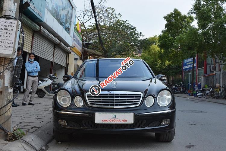 Bán ô tô Mercedes E280 đời 2005, màu đen - LH 0963271111-1