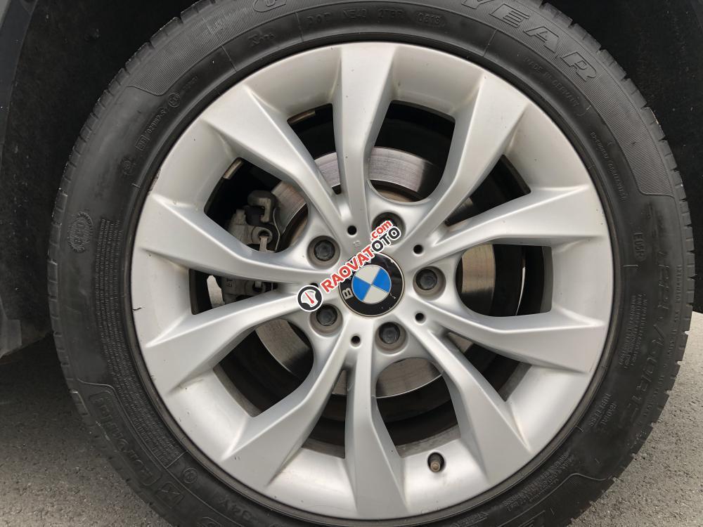 BMW X1 2011 form mới màu bạc, loại xe cao cấp, hàng full đủ đồ chơi-10