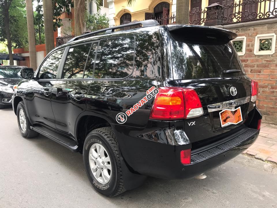 Cần bán xe Toyota Land Cruiser VX 4.6 sản xuất 2013, màu đen, nhập khẩu nguyên chiếc-3