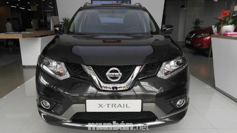 Bán xe Nissan X trail đời 2017, màu đen, nhập khẩu nguyên chiếc-0
