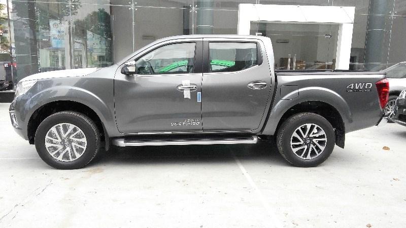 Bán xe Nissan Navara đời 2017, màu bạc, nhập khẩu nguyên chiếc, giá tốt-4