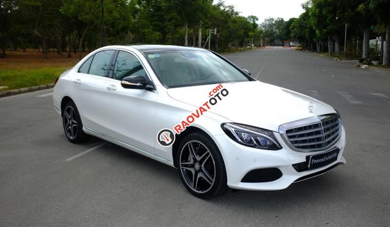 Cần bán Mercedes C250 Exclusive đời 2016, màu trắng - Thanh toán 500 triệu rinh xe về ngay-0
