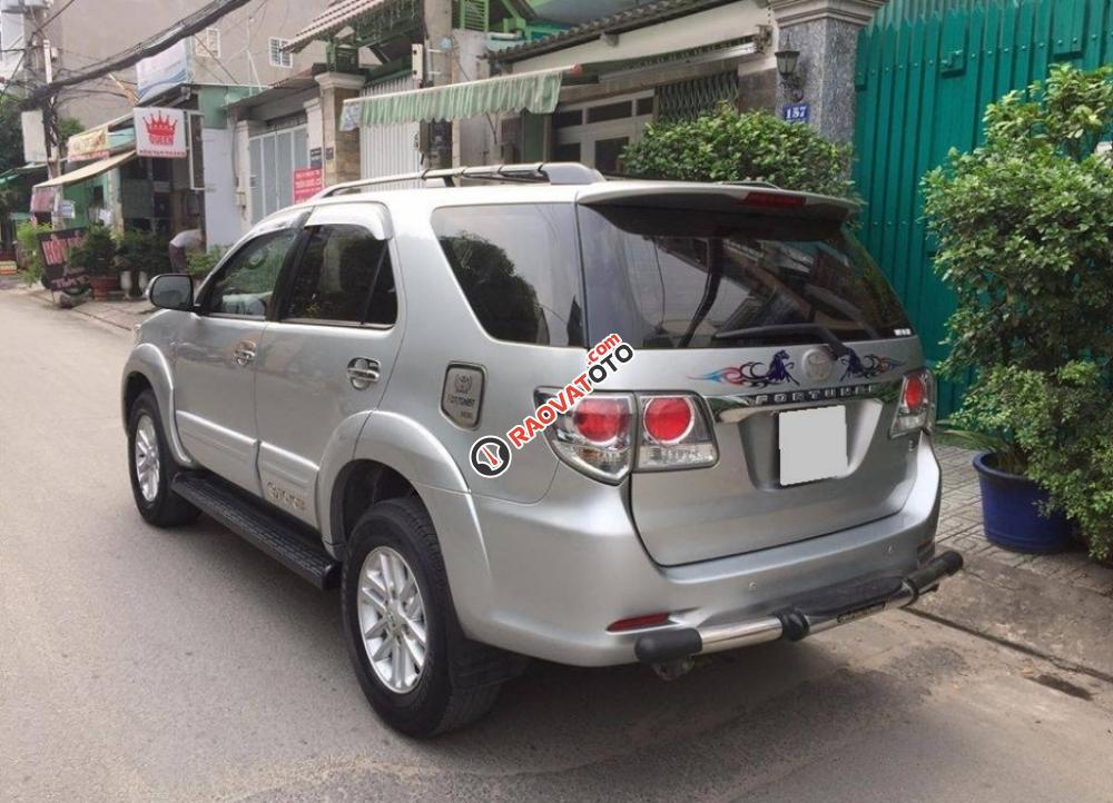 Cần bán chiếc Toyota Fortuner 2.5G MT 2014, máy dầu-9