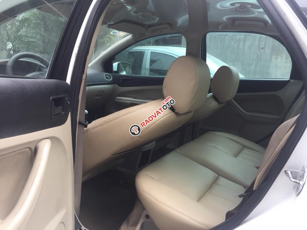 Bán Ford Focus sản xuất 2007, màu trắng, giá chỉ 185 Triệu-6