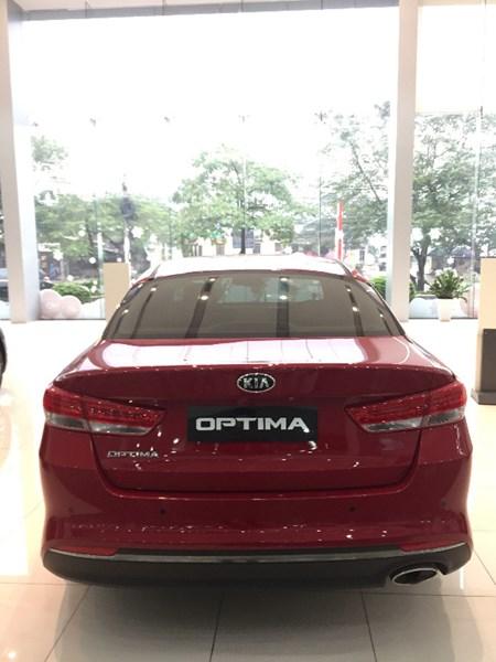 Bán xe Kia Optima đời 2017, màu đỏ, nhập khẩu-2