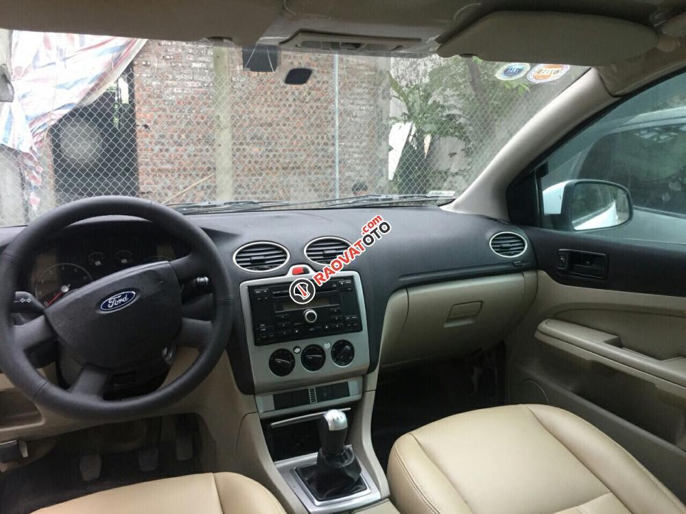 Bán Ford Focus sản xuất 2007, màu trắng, giá chỉ 185 Triệu-9