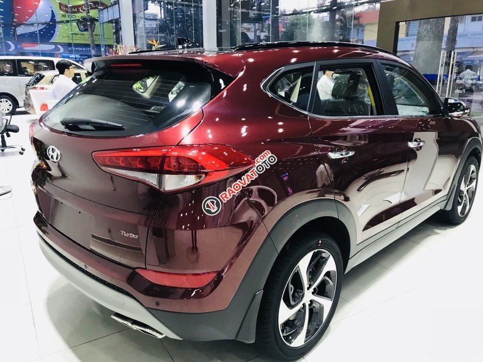 Hyundai Tucson 1.6AT Turbo đỏ giao ngay chỉ có tại Hyundai Kinh Dương Vương lại còn tặng thêm BHVC 1 năm-4