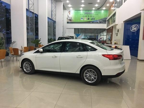 Bán ô tô Ford Focus sản xuất 2017, xe nhập, giá chỉ 600 triệu-6