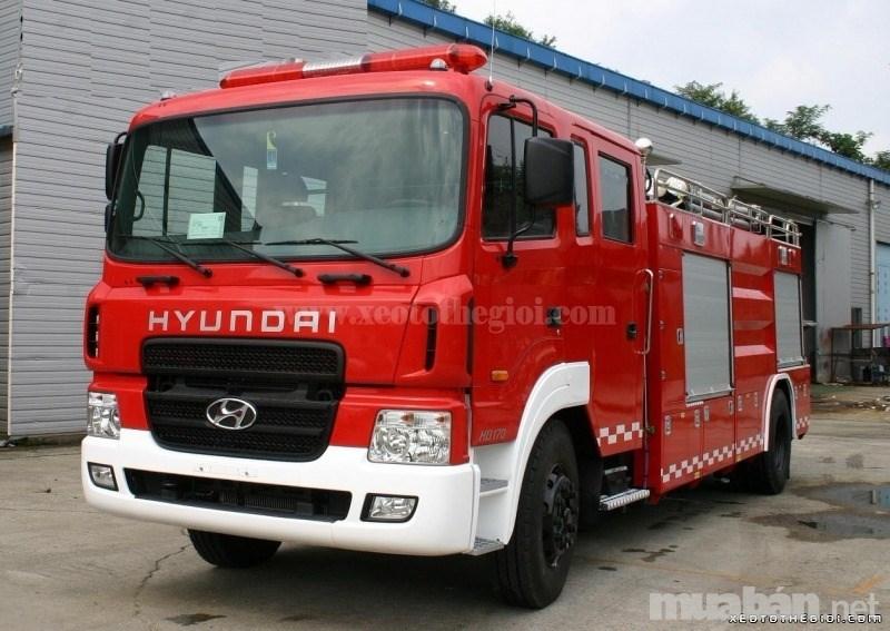 Bán Hyundai HD đời 2017, màu đỏ, nhập khẩu nguyên chiếc-0