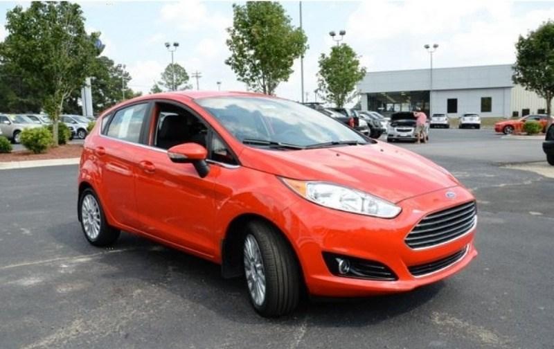 Bán ô tô Ford Fiesta 2017, nhập khẩu nguyên chiếc-2