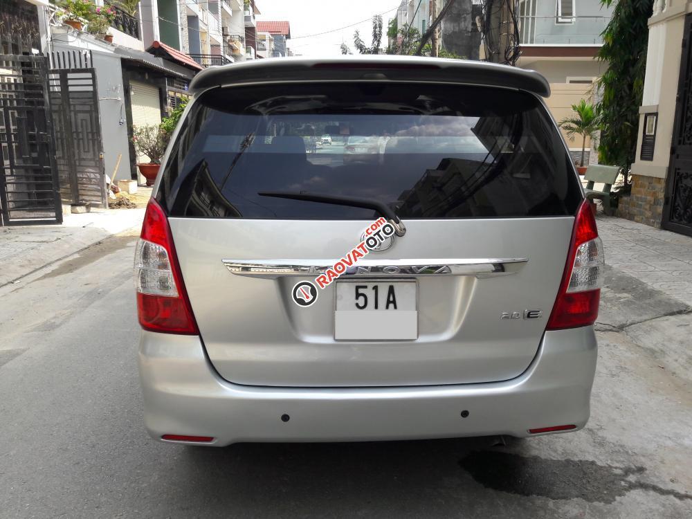 Bán ô tô Toyota Innova E đời 2013, màu bạc-6