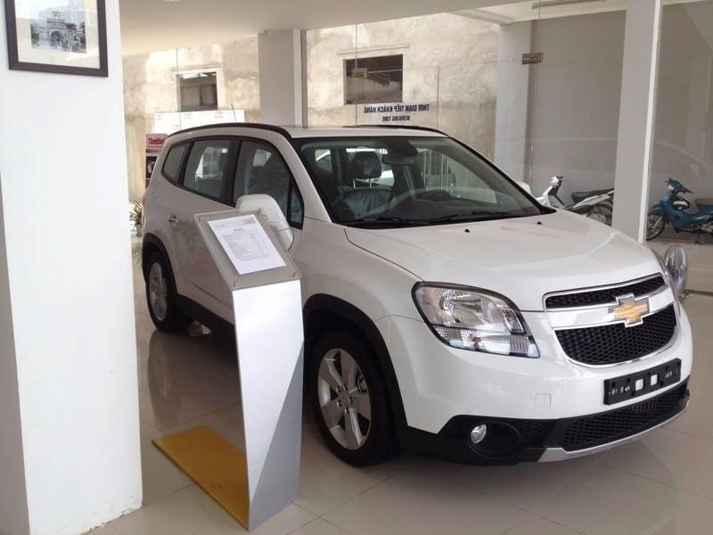 Bán Chevrolet Orlando sản xuất 2017, màu trắng, xe nhập, giá chỉ 699 triệu-4
