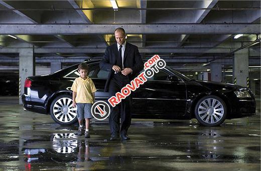 """""""Người vận chuyển """" Jason Statham nhờ em bán hộ siêu xe giá cực sốc-0"""