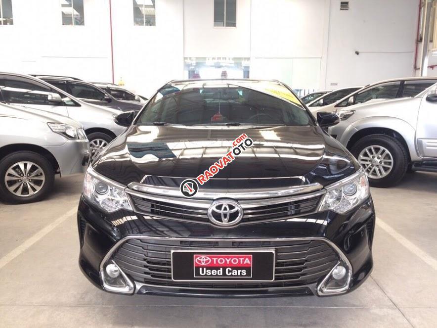 Cần bán Toyota Camry 2.5Q 2015, màu đen-0
