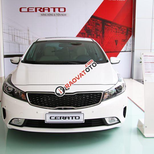 Kia Cerato 1.6 MT - giá tốt - có xe ngay - hỗ trợ vay dài hạn - LH nhanh Mr Tài 01632 328 342-0