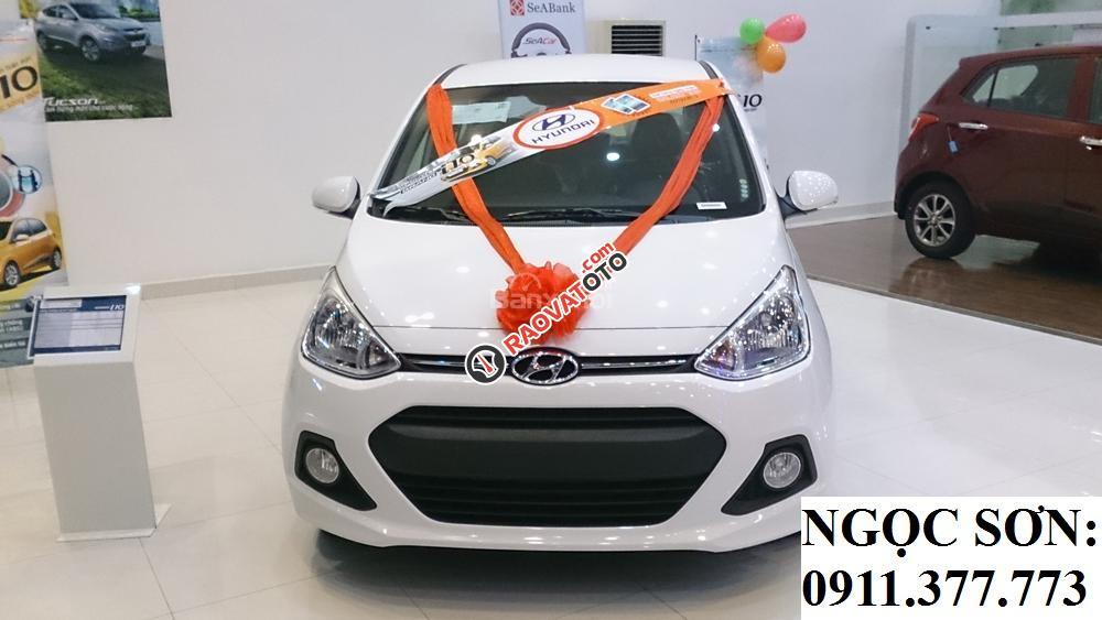 Cần bán xe Hyundai Grand i10 mới, màu trắng - LH Ngọc Sơn: 0911.377.773-24