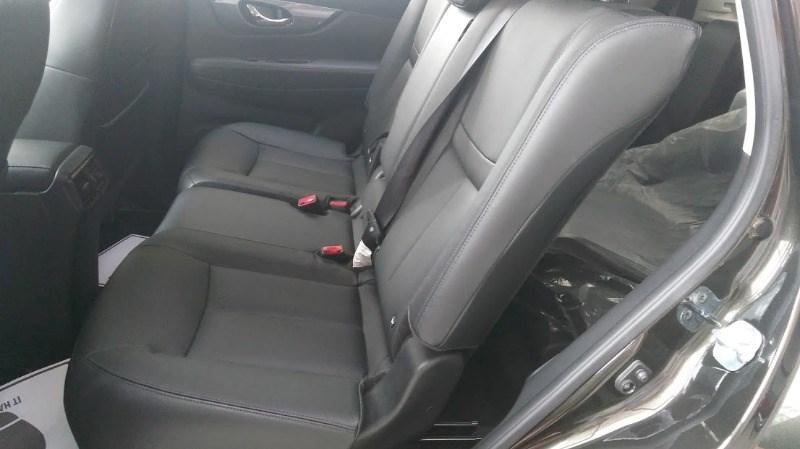 Bán xe Nissan X trail đời 2017, màu đen, xe nhập-11
