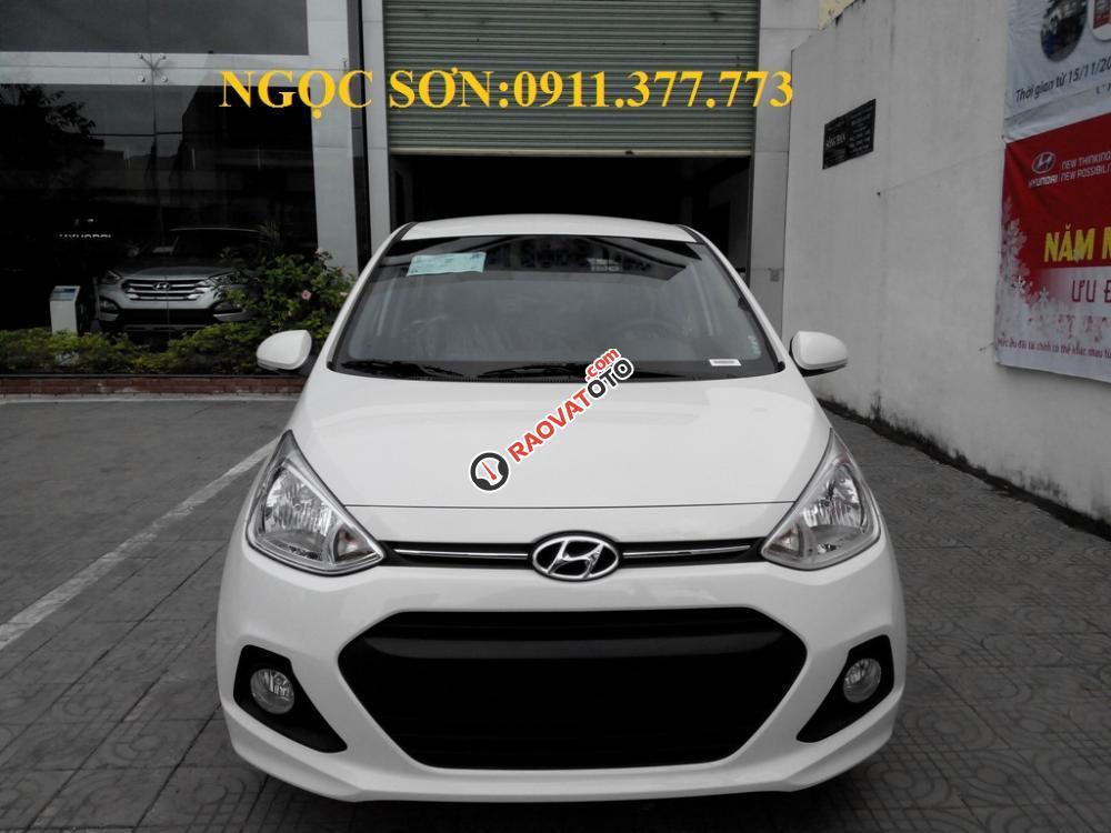 Cần bán xe Hyundai Grand i10 mới, màu trắng - LH Ngọc Sơn: 0911.377.773-4