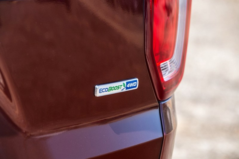 Bán xe Ford Explorer đời 2017, màu đỏ, nhập khẩu nguyên chiếc-1