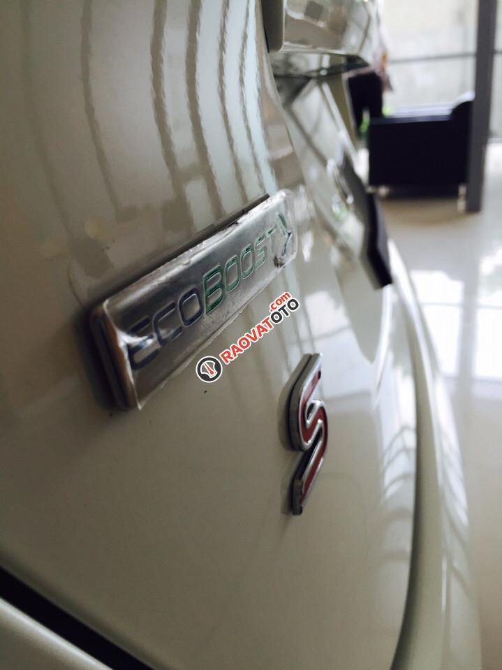 Bán Ford Fiesta 1.0 Ecoboost 2017 mầu trắng, cam kết giá tốt nhất. LH 0933523838-2