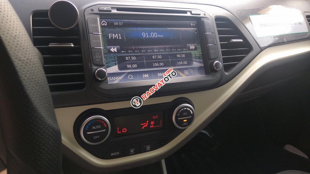 Bán xe Kia Morning  số tự động, đời 2017 còn mới nguyên bao nilon-11