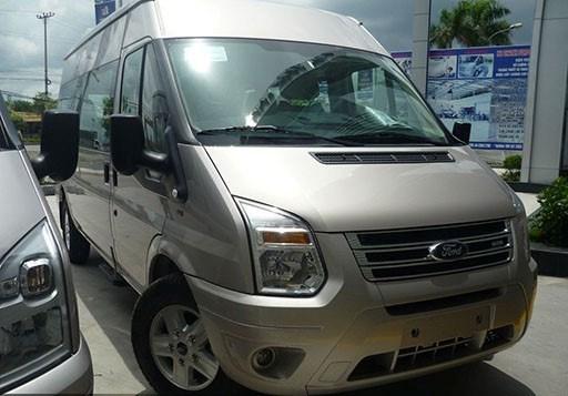 Bán ô tô Ford Transit 2.4L MT Medium đời 2017, nhập khẩu -2