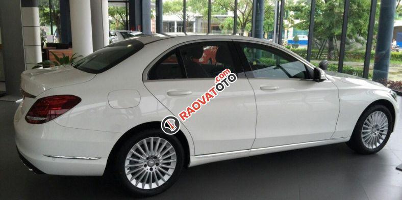 Bán xe Mercedes benz C250 2016, màu trắng, nội thất kem. Chỉ với 360 triệu rinh xe về ngay-2