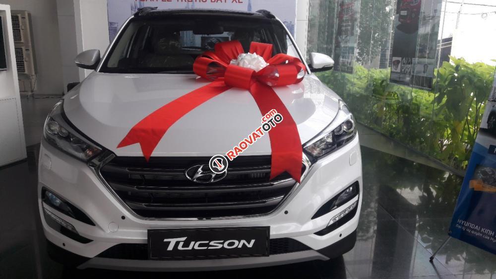 Thanh toán trước chỉ từ 189 triệu đồng, sở hữu ngay Hyundai Tucson bản tiêu chuẩn-0