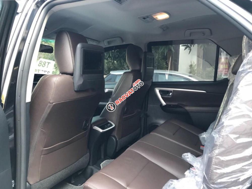 Bán ô tô Toyota Fortuner 2.7V 4x2 AT 2017, màu đen, nhập khẩu nguyên chiếc số tự động-8