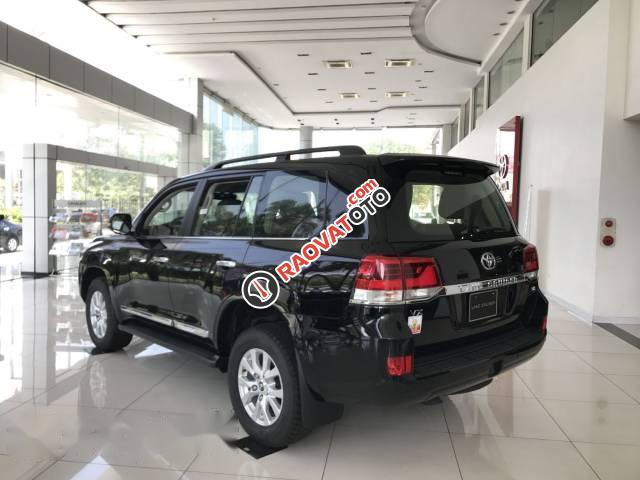 Bán xe Toyota Land Cruiser đời 2017, màu đen, xe nhập-2