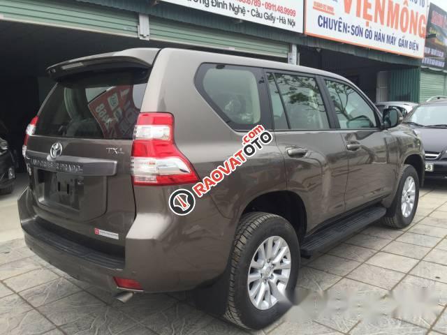 Cần bán xe Toyota Prado đời 2017, màu nâu-3