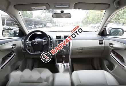 Bán ô tô Toyota Corolla Altis đời 2013, màu đen số tự động-0
