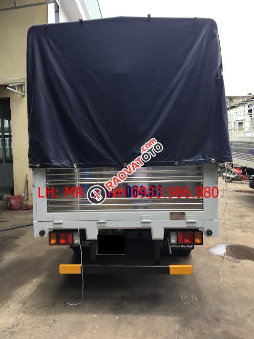 Bán xe tải 2,5 tấn Isuzu giá rẻ tại Sài Gòn-2