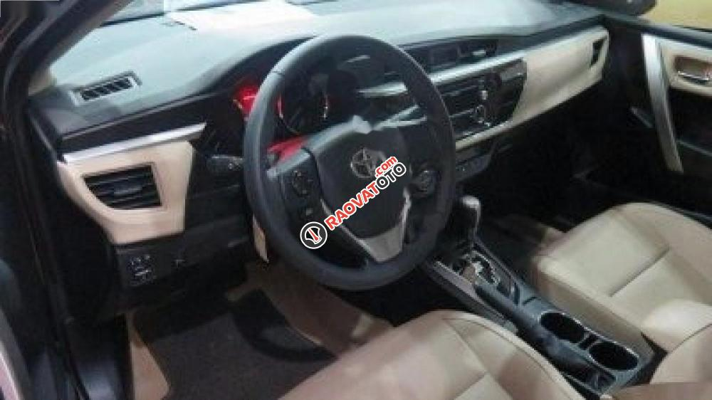 Cần bán lại xe Toyota Corolla altis 1.8AT đời 2016, màu đen-2
