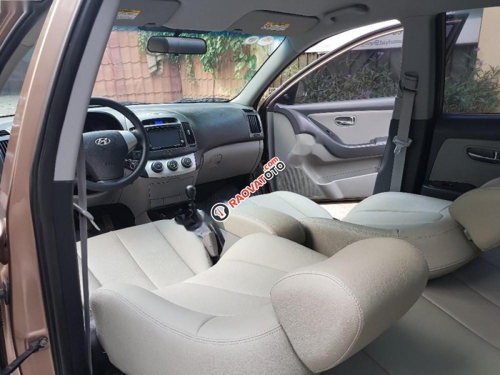 Bán ô tô Hyundai Elantra 1.6 MT đời 2012, màu vàng như mới-3