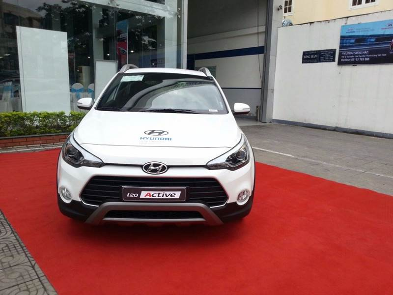Cần bán Hyundai i20 Active đời 2017, màu trắng, nhập khẩu, giá tốt-2