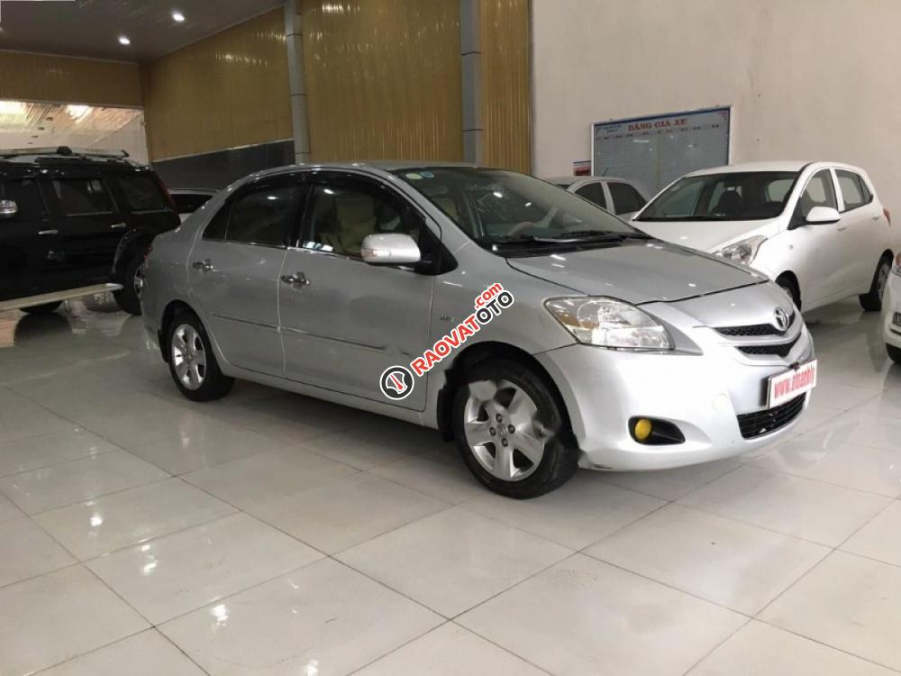 Cần bán gấp Toyota Vios đời 2008, màu bạc, giá 315tr-3