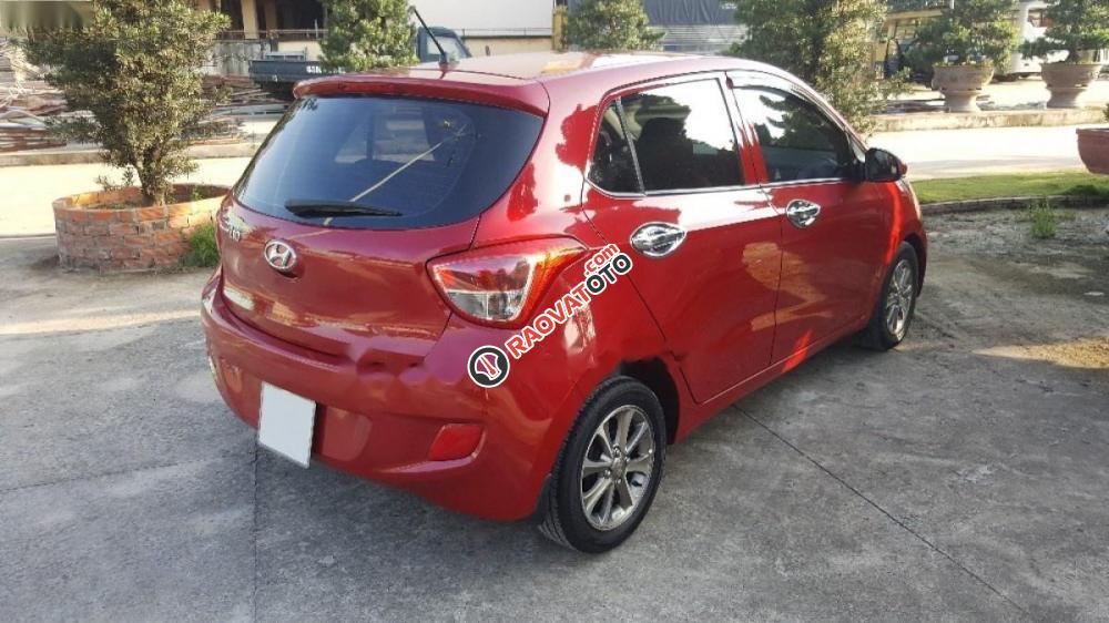 Cần bán lại xe Hyundai Grand i10 1.0 MT năm 2015, màu đỏ, nhập khẩu xe gia đình-9