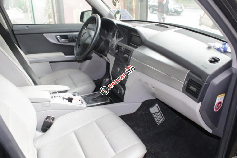 Cần bán gấp Mercedes 300 4Matic đời 2009, màu đen số tự động-5