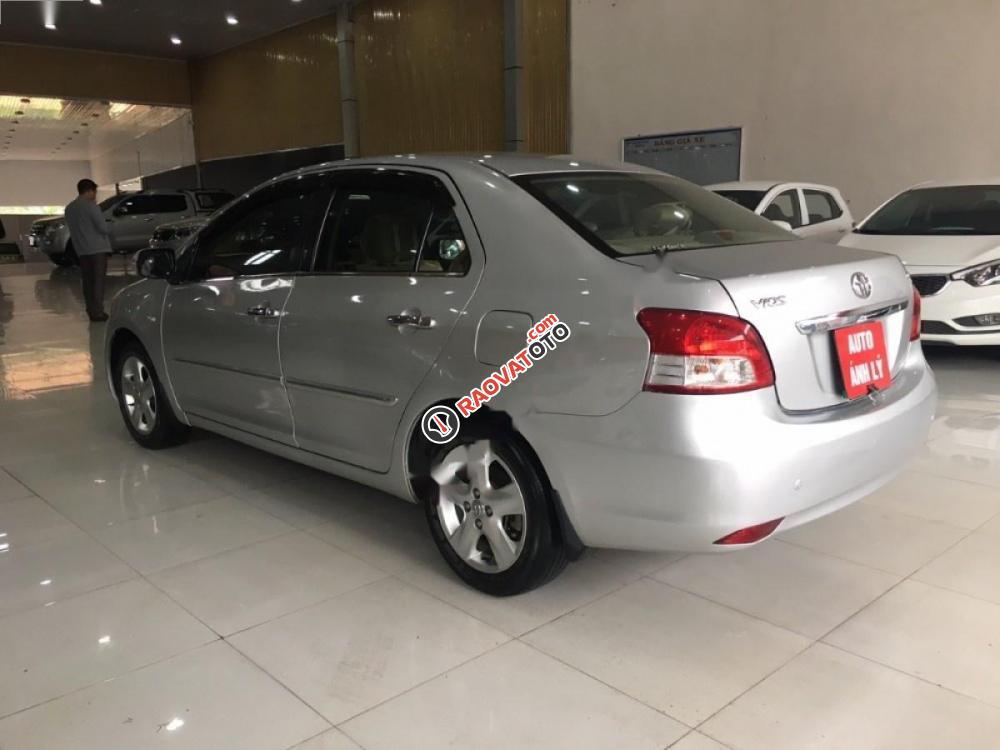 Cần bán gấp Toyota Vios đời 2008, màu bạc, giá 315tr-5
