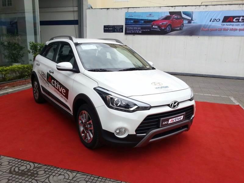 Cần bán Hyundai i20 Active đời 2017, màu trắng, nhập khẩu, giá tốt-3