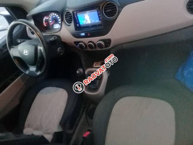 Cần bán xe Hyundai Grand i10 2014, màu trắng, xe nhập chính chủ-5