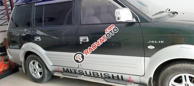 Cần bán xe Mitsubishi Jolie năm 2005 còn mới giá cạnh tranh-2