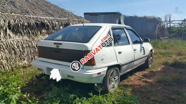 Cần bán Kia Concord 1.3 MT đời 1989, màu trắng, xe nhập-0
