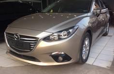 Bán GẤP Mazda3 đời 2016 mới đi 1,2 vạn-0
