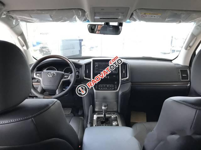 Bán xe Toyota Land Cruiser đời 2017, màu đen, xe nhập-4