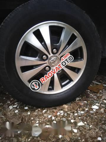 Bán Toyota Innova 2.0E đời 2016, màu bạc số sàn, giá 668tr-4