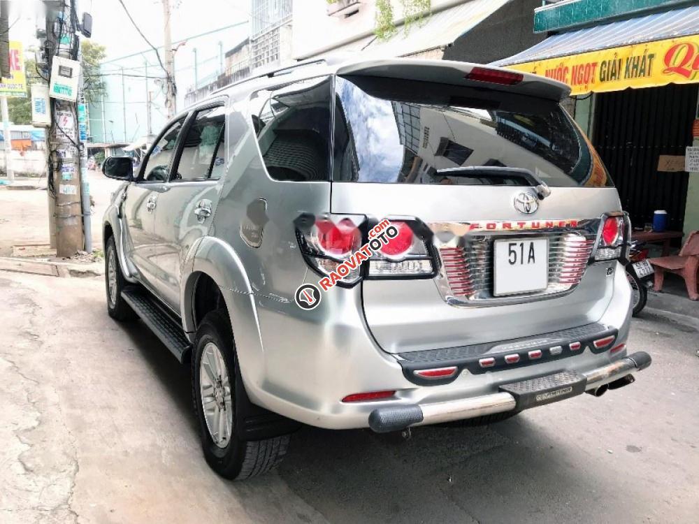 Cần bán lại xe Toyota Fortuner 2.5G năm 2014, màu bạc-8